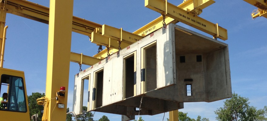 Modular Unit on Gantry Crane